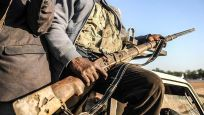 Nijerya'da hapishaneye silahlı saldırı! Mahkumlar firar etti