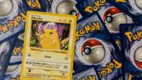 Pandemi yardımını Pokemon kartına verdi