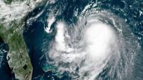 Rick Kasırgası Meksika'ya doğru ilerliyor