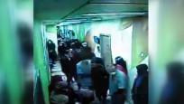 Temizlik görevlisi gibi giyinen polis, firari hükümlüyü hastanede yakaladı