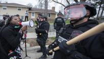 ABD polisi siyahi genci öldürdü, protestolar başladı