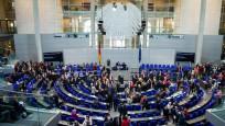 Almanya'da federal hükümet el koyuyor