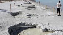 Salda Gölü'nün çamur çukurları kapanıyor