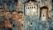 Kaunos Antik Kenti'ndeki kaya mezarlarında yok olma tehlikesi