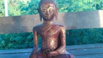 Müzeden kaybolan heykel, otobüs durağında bulundu