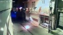 AKP Hani ilçe binasına molotoflu saldırı