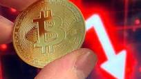Bitcoin, 2021'deki kazançlarını sildi