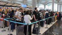 Havalimanlarında yolcu ve uçuş sayısı rekorları kırıldı