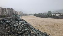 Artvin'de sağanak: 2 mahalleyi su bastı