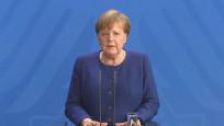 Merkel genel seçimde oyunu mektupla kullanacak