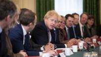 İngiltere'yi karıştıran toplantı! Maskesizler toplantısı
