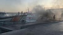İstanbul Bebek'te tekne yangını