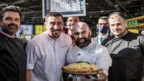 Fransız şef bin çeşit peynirli pizzasıyla Guinness Rekorlar Kitabı'na girdi