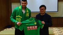 Çin'de Burak Yılmaz şoku