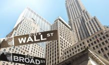 Wall Street bankaları acemilere çalışmaması için para ödüyor