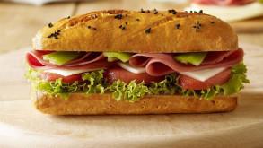 Marketten sandviç çalan Slovenyalı milletvekili istifa etti