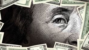 Yatırımcının dolara kaçışı durdurulamıyor