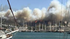 Bodrum'da yangın büyüdü oteller boşaltılıyor