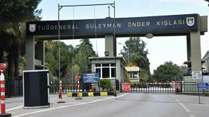 İzmir'de kışlaya sabotaj girişimi