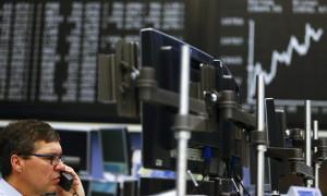 Avrupa borsaları, artan koronavirüs endişesiyle sert düştü