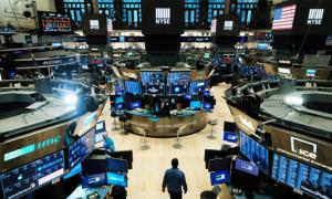 Wall Street hafta ortasına karışık seyirle başladı