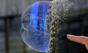 Pasif yatırımlar hisse senetleri balonunu şişiriyor