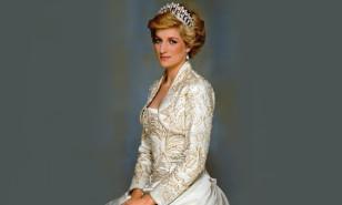 Prenses Diana'yı oynayacak isim Emma Corrin