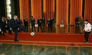 Cumhurbaşkanı Erdoğan down sendromlu sporcuları kabul etti