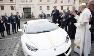 Papa kutsadı rekor fiyata satıldı