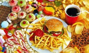 Psikolojiyi bozan yiyecekler