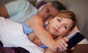 Uyanır uyanmaz cep telefonunuza bakmayın!