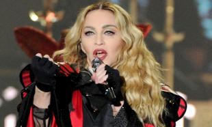 Madonna'dan bireysel silahlanmayı eleştiren video