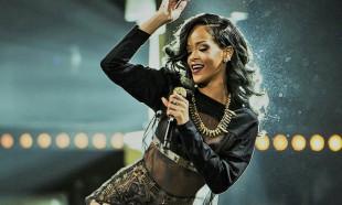 En çok kazanan sanatçılar zirvesinde Rihanna