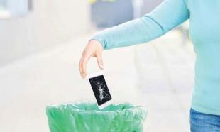 Çöpe atılan telefonlar altın değerinde