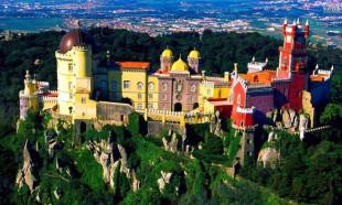 İşte dünyanın en dikkat çekici sarayları!