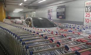 Sen misin yanlış yere park eden!