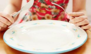 Aşırı yemeyi durdurmak için yapacağınız 10 basit şey