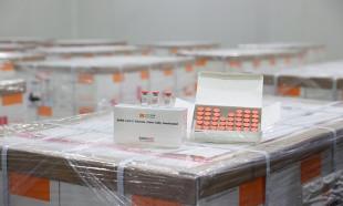 Kovid-19 aşısı Sağlık Bakanlığı depolarında