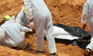 Libyada darbeci Hafterin katlettiği sivillere ait toplu mezar bulundu
