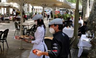 İspanya'da restoran sektörü 'yeni normal'e uyum sağlamaya çalışıyor