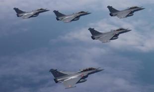 Miçotakis, Fransa'dan 18 Rafale savaş uçağı alacak