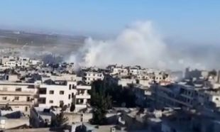 Esed rejiminden İdlib'de pazar yerine saldırı