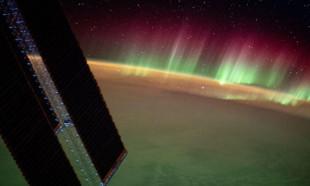 Uzaydan kutup ışıkları böyle görüntülendi!