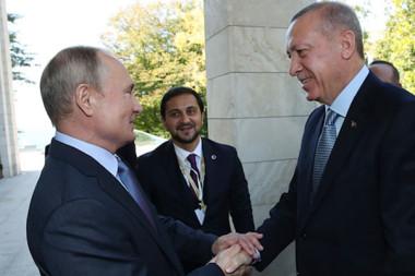 Putin Cumhurbaşkanı Erdoğan'ı kapıda karşıladı