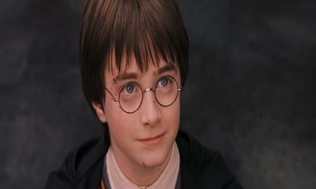 'Harry Potter', ilk baskı 'Felsefe Taşı' kitabını satışa çıkardı