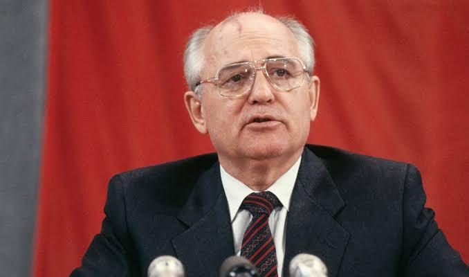 Gorbaçov Soğuk Savaş'ın galibini açıkladı
