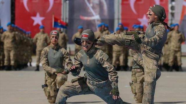 Jandarma'ya binlerce uzman erbaş için başvurular başladı