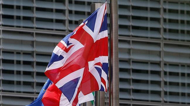 İngiliz Bakan'dan Müslümanlara saldırı uyarısı!