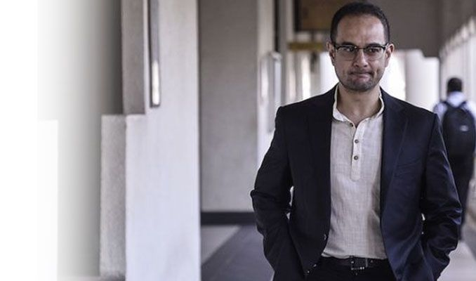 Najib Razak'ın üvey oğlu Rıza Aziz'e kara para aklama suçlaması