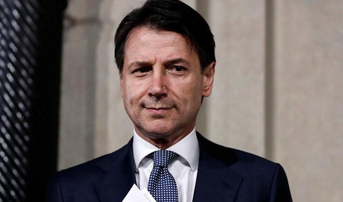 Başbakan Conte, görevinden istifa edeceğini açıkladı